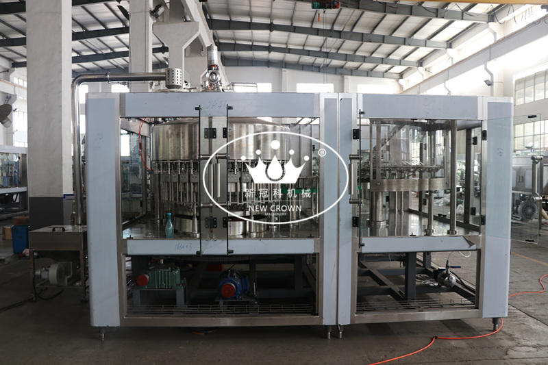 CGF32-32-10 Water Plastic Bottle Filing Bottling Machine with Screw Cap